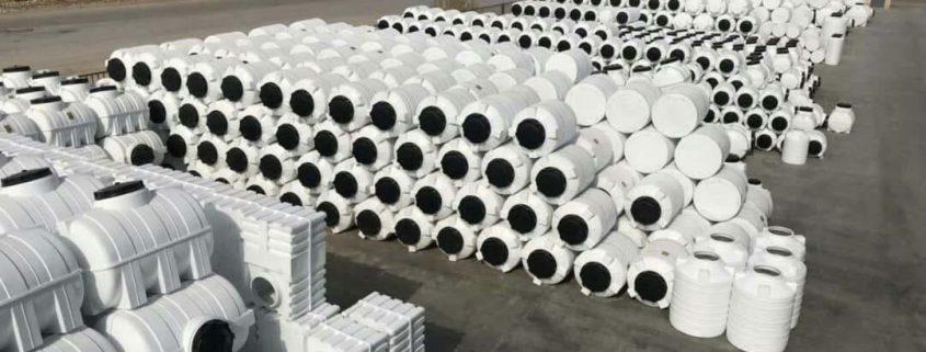 منبع آب پلاستیکی در پردیس